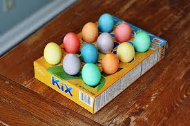 10 tips for coloring easter eggs with toddlers kix cereal