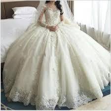 robe de mari e de princesse de luxe robe de mariee avec traine femmes de luxe princesse cathedrale