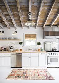 cuisine en bois blanc la cuisine blanche et bois en 102 photos inspirantes archzine fr