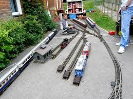 garden railway layouts vintage toy train show