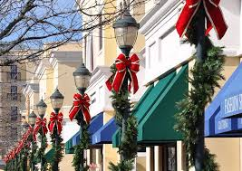 Exterior Commercial Christmas Decorations by Take A Stroll With Mosca Design U0027s Holiday Pole Decor Mosca Design