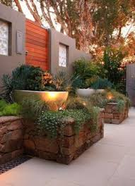 Modern Garden Planters 50 Modern Garden Design Ideas To Try In 2017 Contemporary Garden