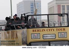 shahrukh khan on a berlin tour bus whilst filming his new movie in