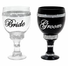 what of gifts to give at a bridal shower wedding novelties wedding gifts for the wedding ceremony