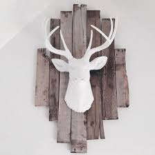 best 25 deer decor ideas on accent walls in living