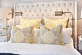 chambre avec tete de lit tête de lit avec éclairage types de lumière possibles ooreka