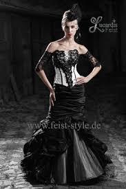 brautkleid in schwarz extravagante brautmode schwarze brautkleider schwarz weiße und