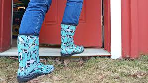 amazon com sloggers women u0027s country collection rain u0026 garden