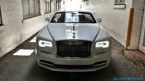 roll royce price 2017 5 things you need to know about the 2017 rolls royce dawn slashgear