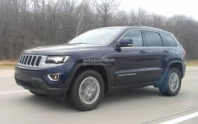 jeep renegade charcoal spyshots 2014 jeep grand cherokee facelift loses almost all camo