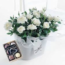 Delivery Gifts For Men Flowers U0026 Gifts For Men Free Uk Delivery Flying Flowers