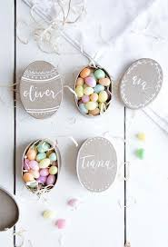 easter table favors 20 modern party favors to diy for your easter brunch brit co