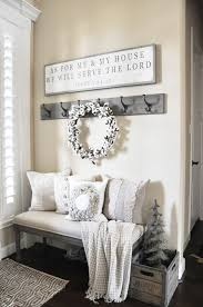 38 cozy and inviting winter entryway décor ideas cotton wreath