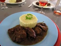 sanglier cuisine civet de sanglier façon corse recette volailles et gibiers