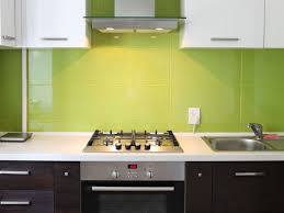fliesen küche wand wand in der küche gestalten farbe material küchentrends