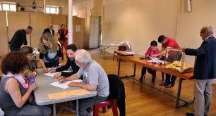 les bureaux de vote pénurie d assesseurs dans certains bureaux de vote 06 05 2017