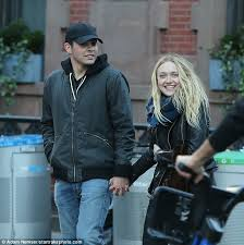 what is dakota fanning doing now dakota fanning has rekindled a romance with her high