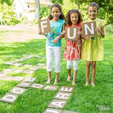 Backyard Games For Toddlers by Fun Outdoor Games For Kids Birthday Parties