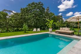 byron bay holidays with a swimming pool