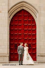 wedding photographers pittsburgh cathedral of learning door heinz chapel wedding aaron