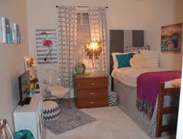 Dorm Room Pinterest by This Room Looks As If I Was At Home Must Be The Rugs College