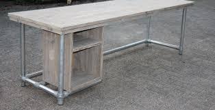 bureau of met bureau met steigerbuis tafels met steigerbuizen stoer sfeervol