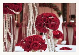 Red Roses Centerpieces A Lavish Red Wedding Voila Mademoiselle U0027s Blog