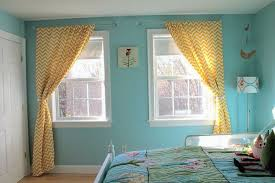 colors that go with yellow what colour curtains goes with yellow walls gopelling net