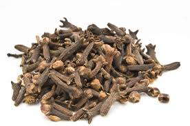 Cloves Benefits Boiling Milk With Cloves And Pepper Malayalam Health News