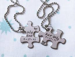her necklace images 43 matching his and hers necklaces for boyfriend and girlfriends jpg