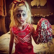 Zombie Cheerleader Costume 26 Graciosos Disfraces De último Minuto Para Halloween Halloween