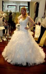 essayage robe de mariã e montrez moi vos robe volumineuses et surtout à froufrou j adore