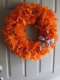 Halloween Wreath Tutorial by All Sorts Of Random September 2011