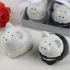 wedding salt and pepper shakers black and white color pig groom salt pepper shakers wedding