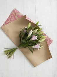 Ideas To Wrap A Gift - best 25 how to wrap bouquet ideas on pinterest how to wrap