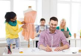 de sexe dans un bureau l éducation de la mode et le concept de bureau sourire croquis