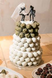 different wedding cakes different strokes for different folks an em aliens em themed