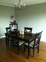 from foothills to fog reupholstered dining room chairs fast forward one year and the table and chairs look exactly the same i guess i hadn t made it a priority to give my little craigslist bargain a much
