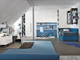 chambre pour garcon chambre d enfant bleue pour garçon t06 tomasella compas