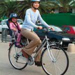 siege enfant pour v駘o siège enfant ou remorque vélo le matériel pour une balade à vélo