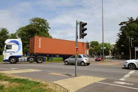 traffic lights not working traffic lights not working at grove lodge roundabout worthing herald
