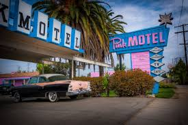 Classic Motel The Valley Motel That Always Steals The Show Curbed La
