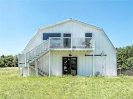 fixer uppers for sale why is the hgtv fixer barndominium for sale