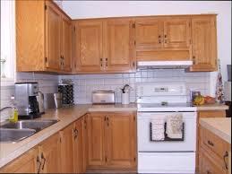 vernis meuble cuisine les meubles de cuisine excellent peinture de rnovation meubles
