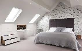 amenagement chambre comble aménager une chambre sous les combles ou le grenier bellecouette