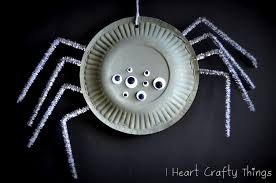 halloween spiders crafts paper plate spiders i heart crafty things