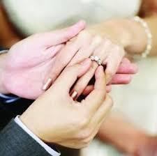 wedding ring dermatitis 136 best engagement rings images on engagement rings