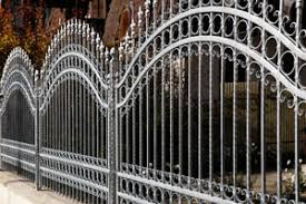 types of residential fences aluminum chainlink wood