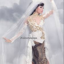 wedding dress jogja delmora wedding dress attire in yogyakarta bridestory