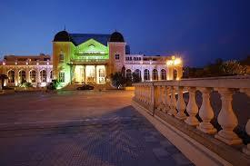 chambres d hotes hyeres hôtel casino des palmiers hyères voir les tarifs 169 avis et